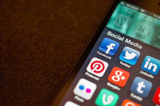 buscar trabajo redes sociales