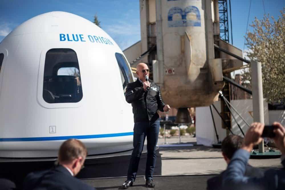 Jeff Bezos y Blue Origin